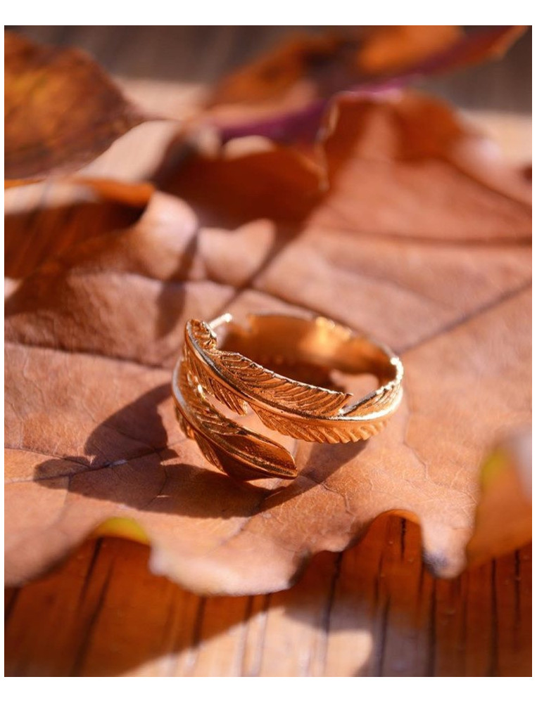 Ottoman Hands Gold Feather Ring